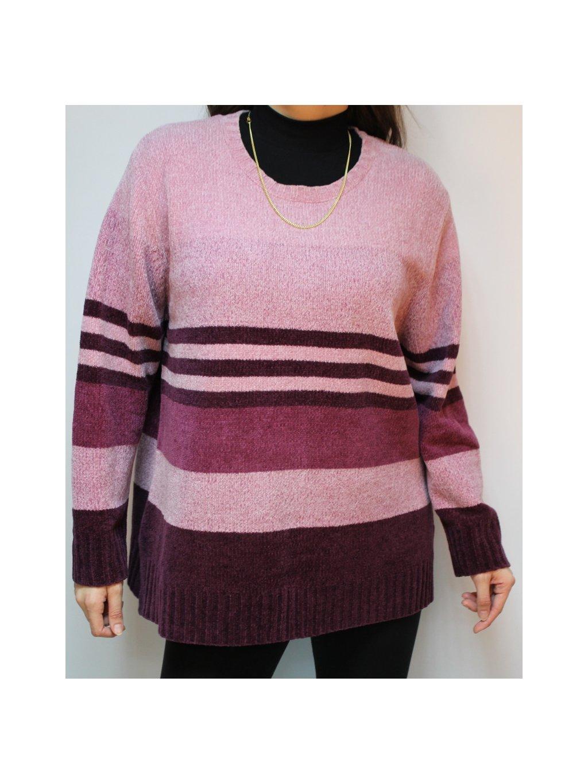 růžovo fialový svetr s pruhy
