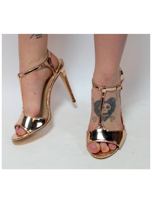 zlaté sandálky na  podpatku