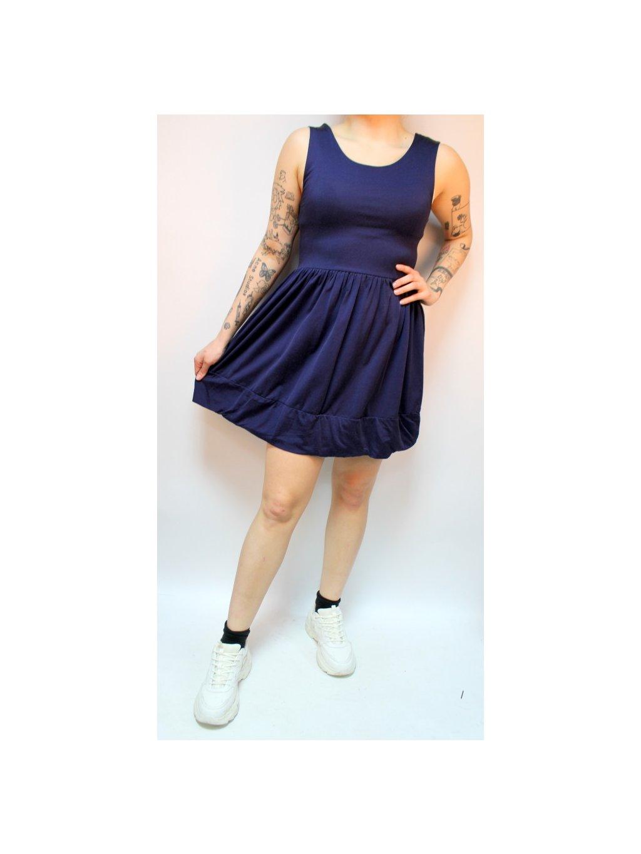 modré skater šaty