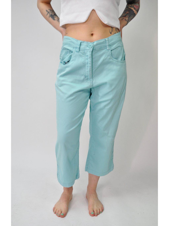 světle modré kalhoty