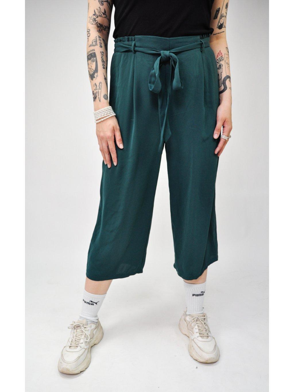 zelené kalhoty na gumu