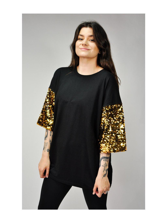 černé triko se zlatými flitry