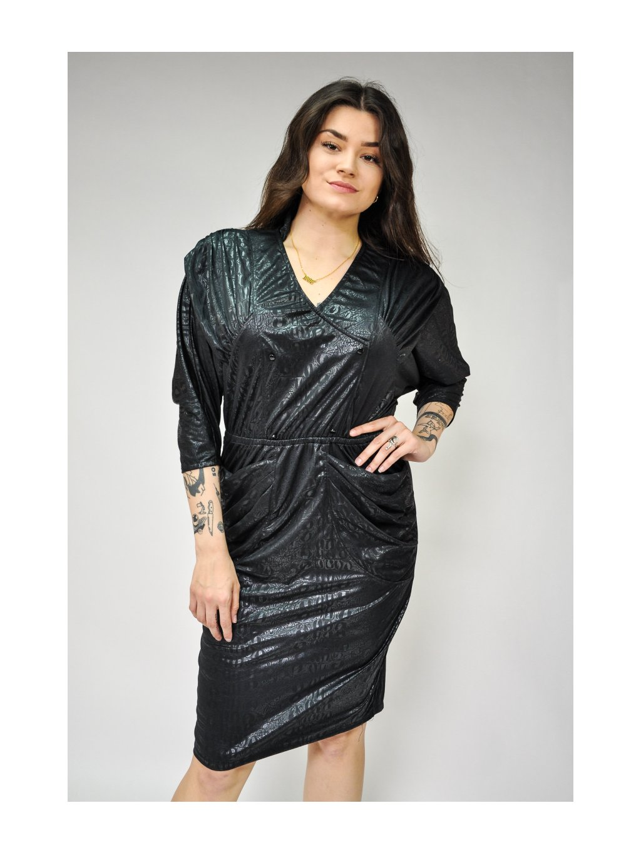 černé lesklé vintage šaty