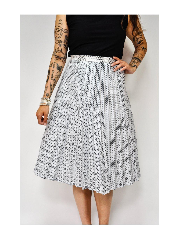 bílá vintage sukně s tmavě modrým vzorem
