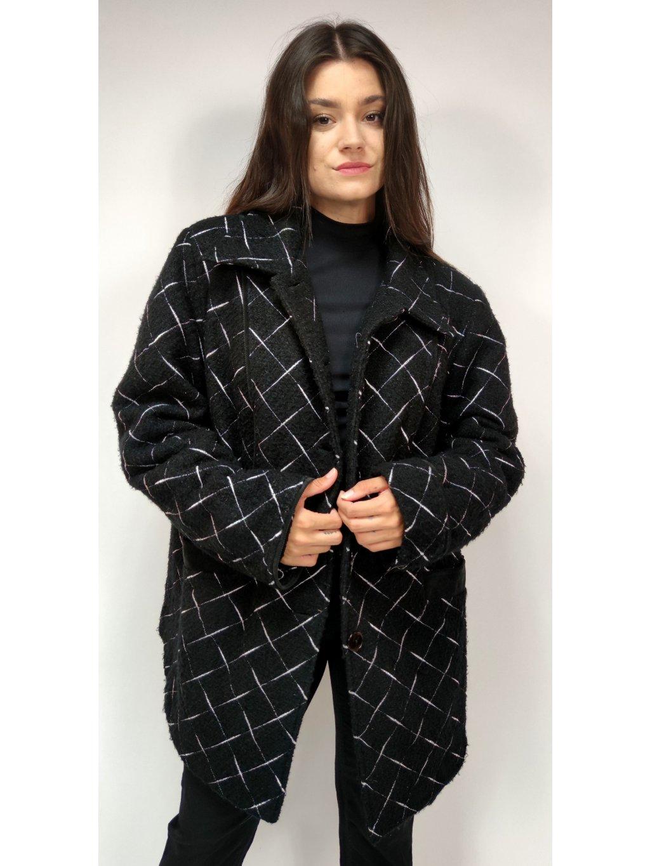 černý oversize kabát