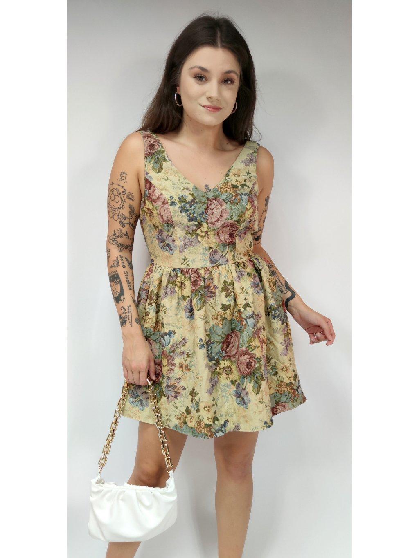 šaty se vzorem růží