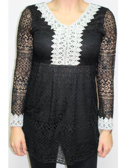 černé šaty s bílou krajkou