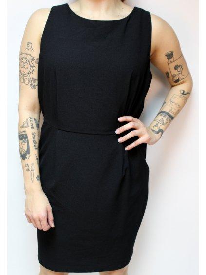 černé elegantní šaty