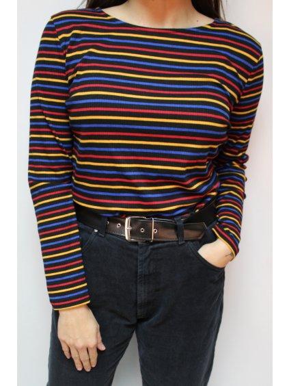 pruhované barevné triko