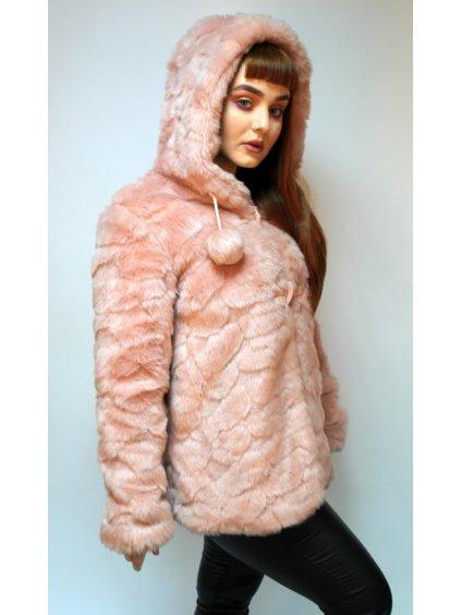 růžový  umělý kožíšek na zimu