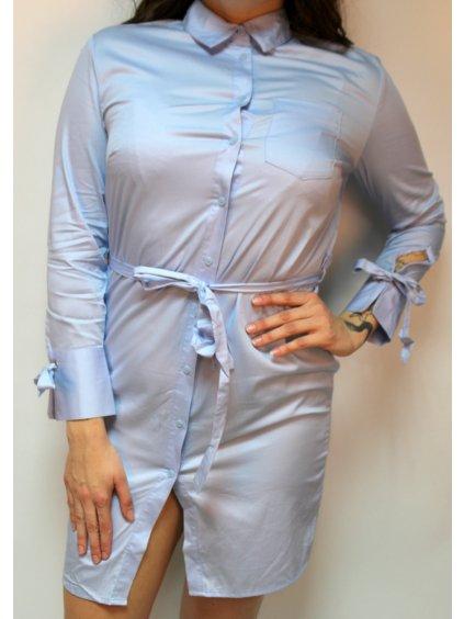 světle modré šaty s mašlemi