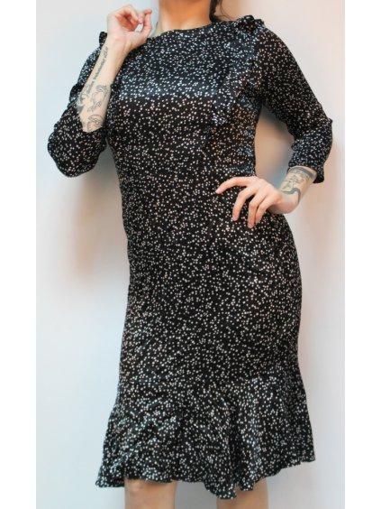 zajímavé černé šaty s hvězdičkami
