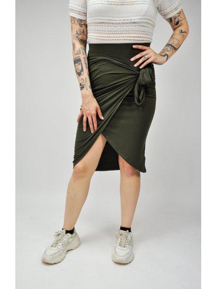 zelená sukně se zavinováním