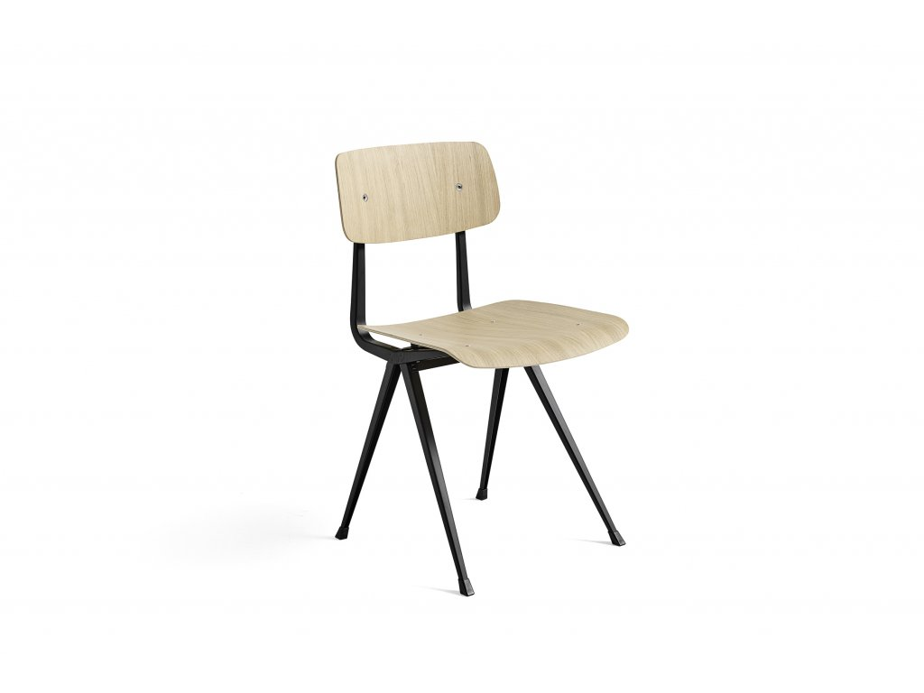 197131 Result Chair Frame black wb lacquer oak seat and base