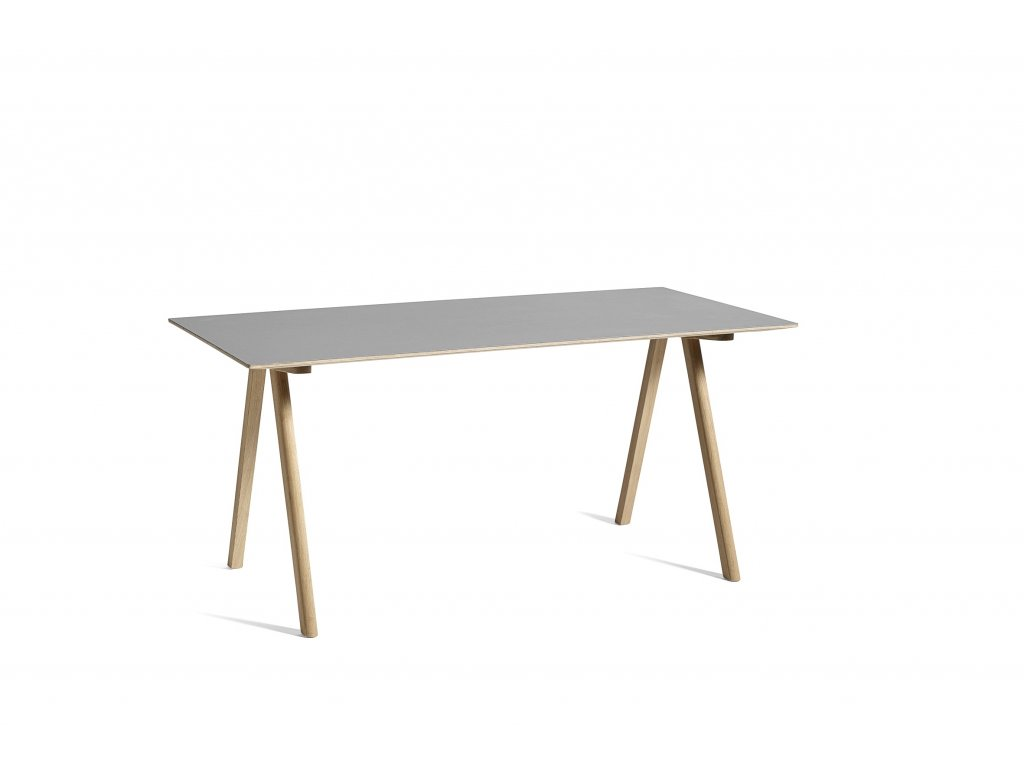 1561735185 cph 10 desk 4
