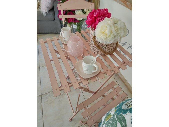 KOvoý záhradný set ružový