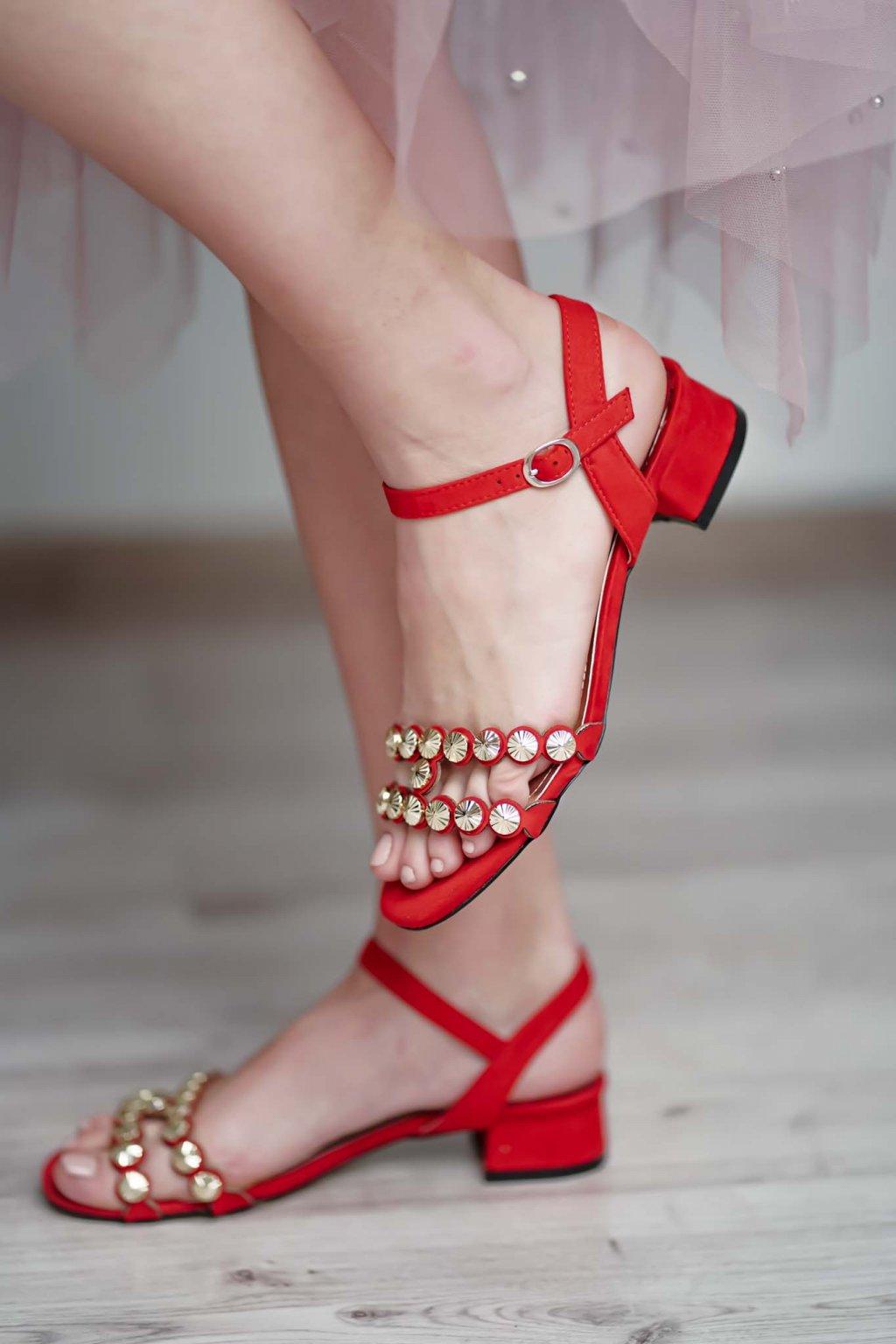 topánky, obuv, tenisky, botasky, lodičky, čižmy, šľapky, sandálky 540
