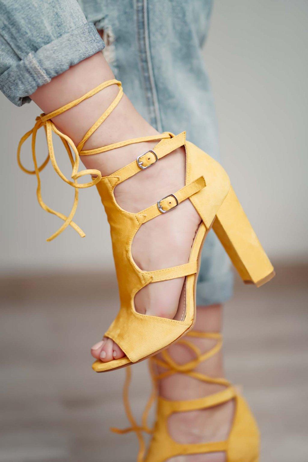 topánky, obuv, tenisky, botasky, lodičky, čižmy, šľapky, sandálky 476