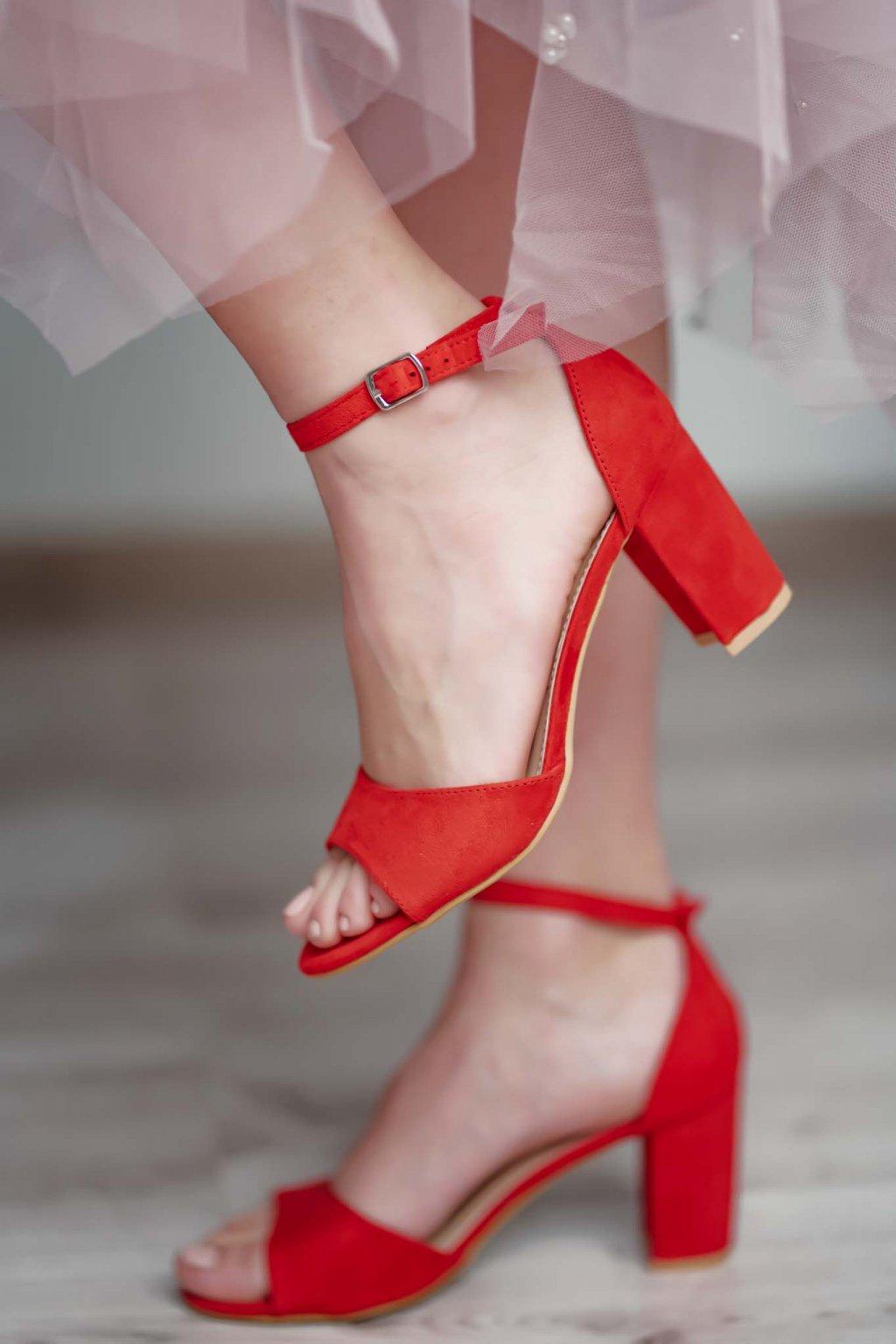 topánky, obuv, tenisky, botasky, lodičky, čižmy, šľapky, sandálky 522