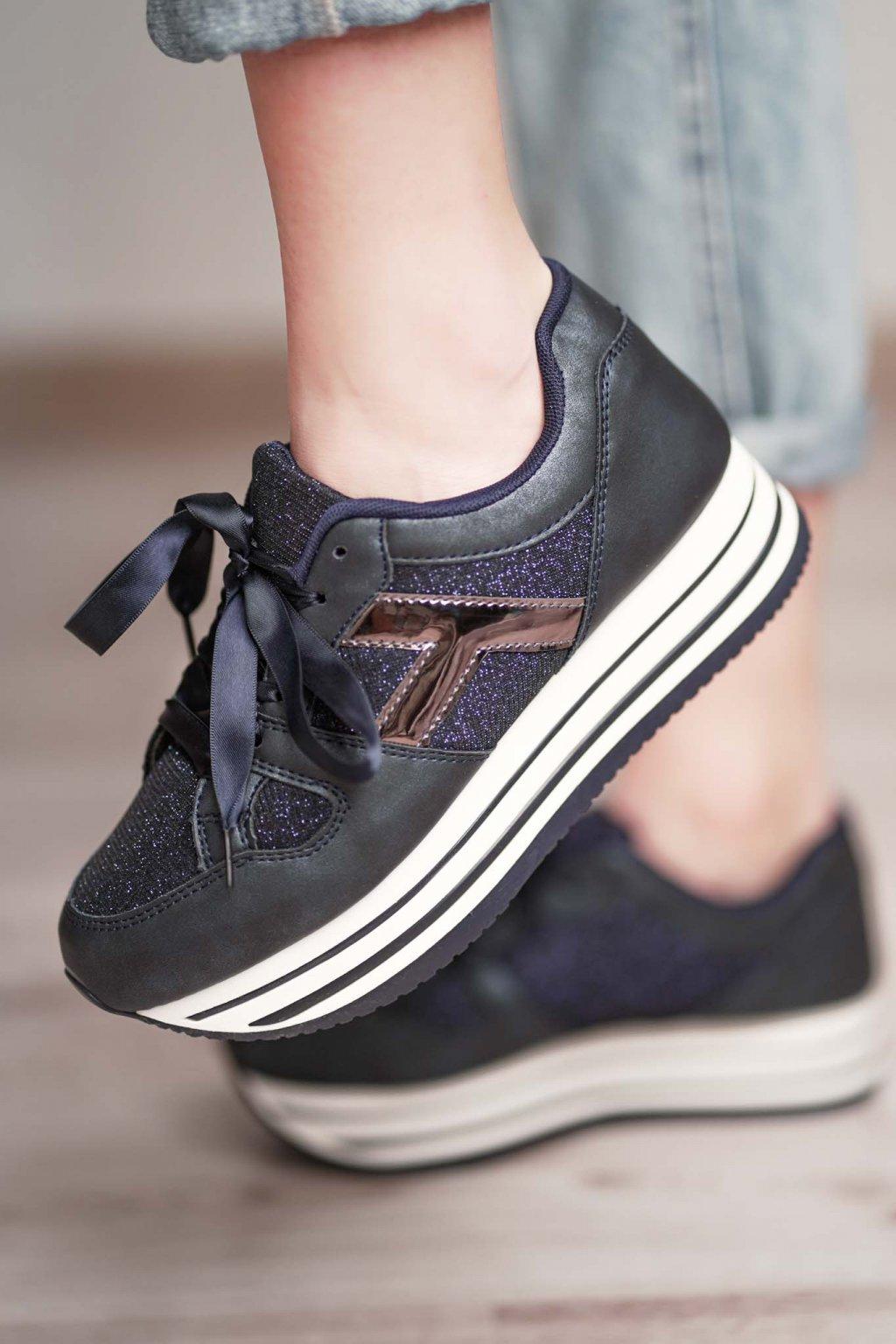 topánky, obuv, tenisky, botasky, lodičky, čižmy, šľapky, sandálky 428
