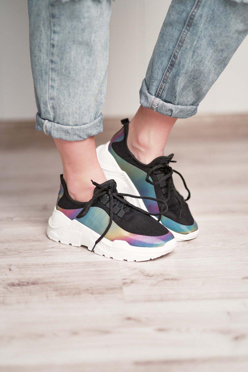 topánky, obuv, tenisky, botasky, lodičky, čižmy, šľapky, sandálky 415