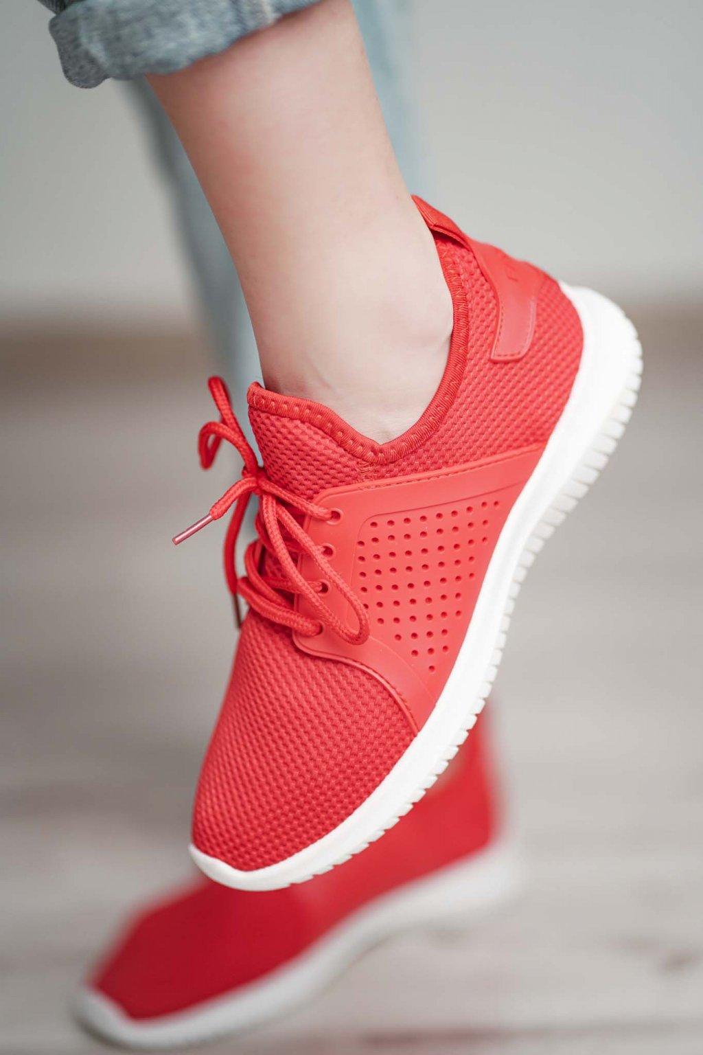 topánky, obuv, tenisky, botasky, lodičky, čižmy, šľapky, sandálky 424