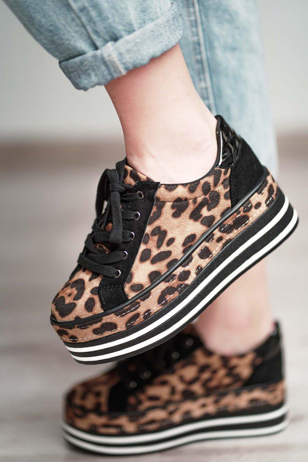 topánky, obuv, tenisky, botasky, lodičky, čižmy, šľapky, sandálky 460
