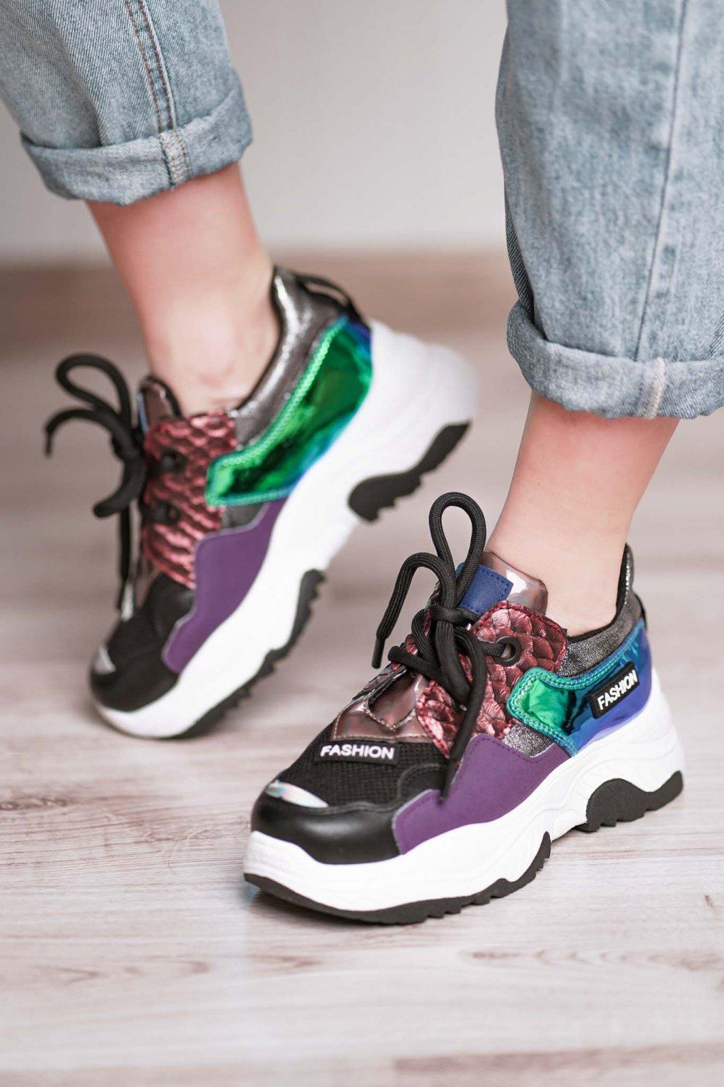 topánky, obuv, tenisky, botasky, lodičky, čižmy, šľapky, sandálky 391