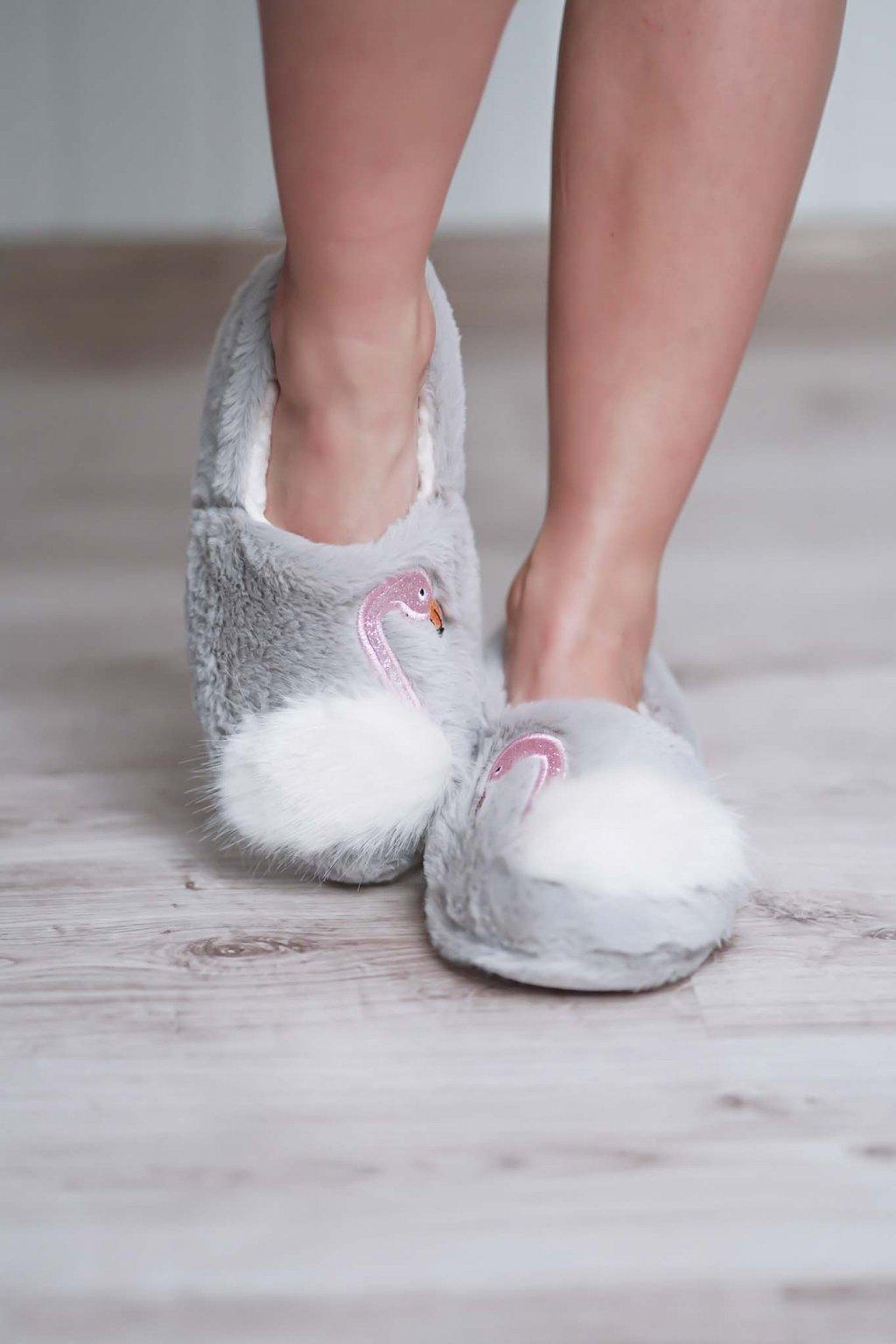 šľapky, papučky, papuče, espadrilky, spoločenska obuc, obuv na bežny deň, letná obuv, darček pre ňu, 110