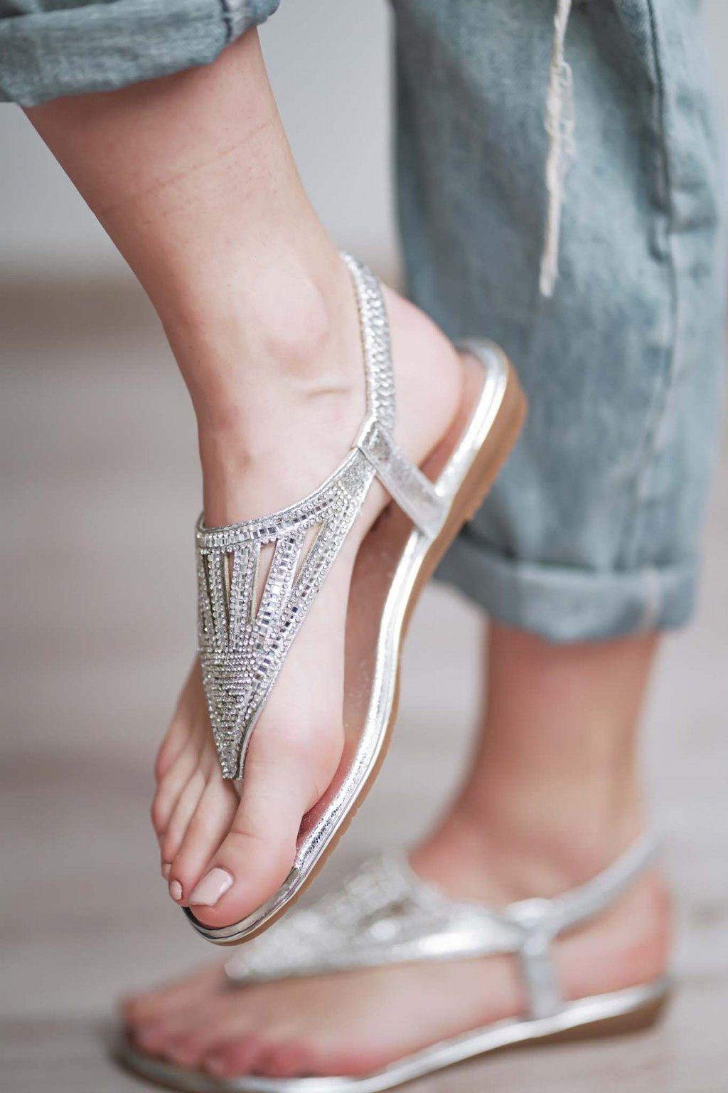 šľapky, papučky, papuče, espadrilky, spoločenska obuc, obuv na bežny deň, letná obuv, darček pre ňu, 066