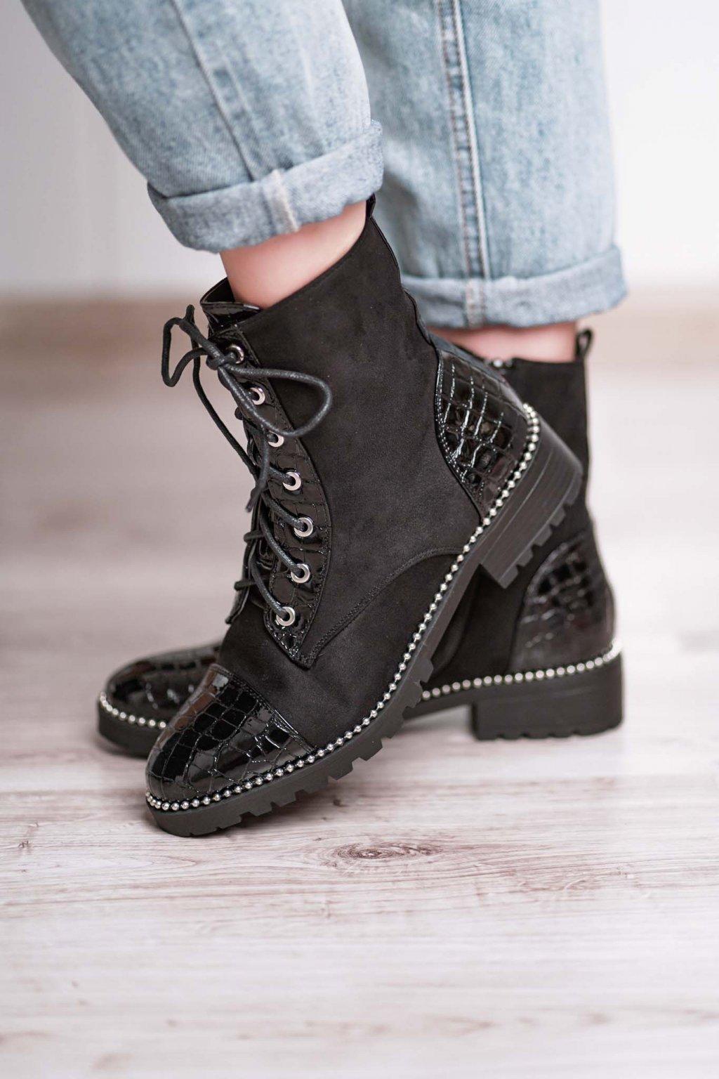 topánky, obuv, tenisky, botasky, lodičky, čižmy, šľapky, sandálky 355