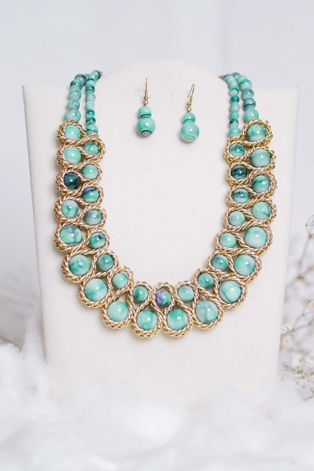 náhrdelník, šperk, spoločenská náhrdelník, náhrdelník na bežný deň, výrazný náhrdelník, jemný náhrdelník, šperky, náhrdelník na ples, svadbu, stužkovú 56