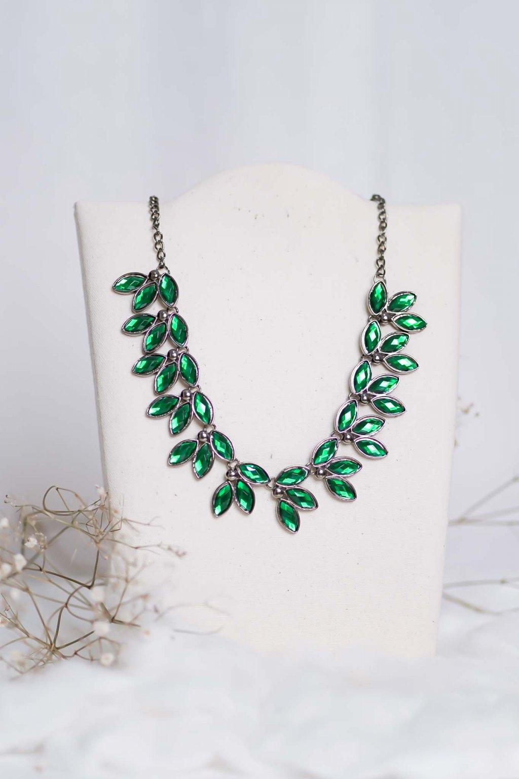 náhrdelník, spoločenský, bežný deň, kamienkový, farebný, čierny, strieborný, zelený, cyklamenévy, náhrdelník, bižuteria, šperk, šperky, ples, stužková, svadba, 019
