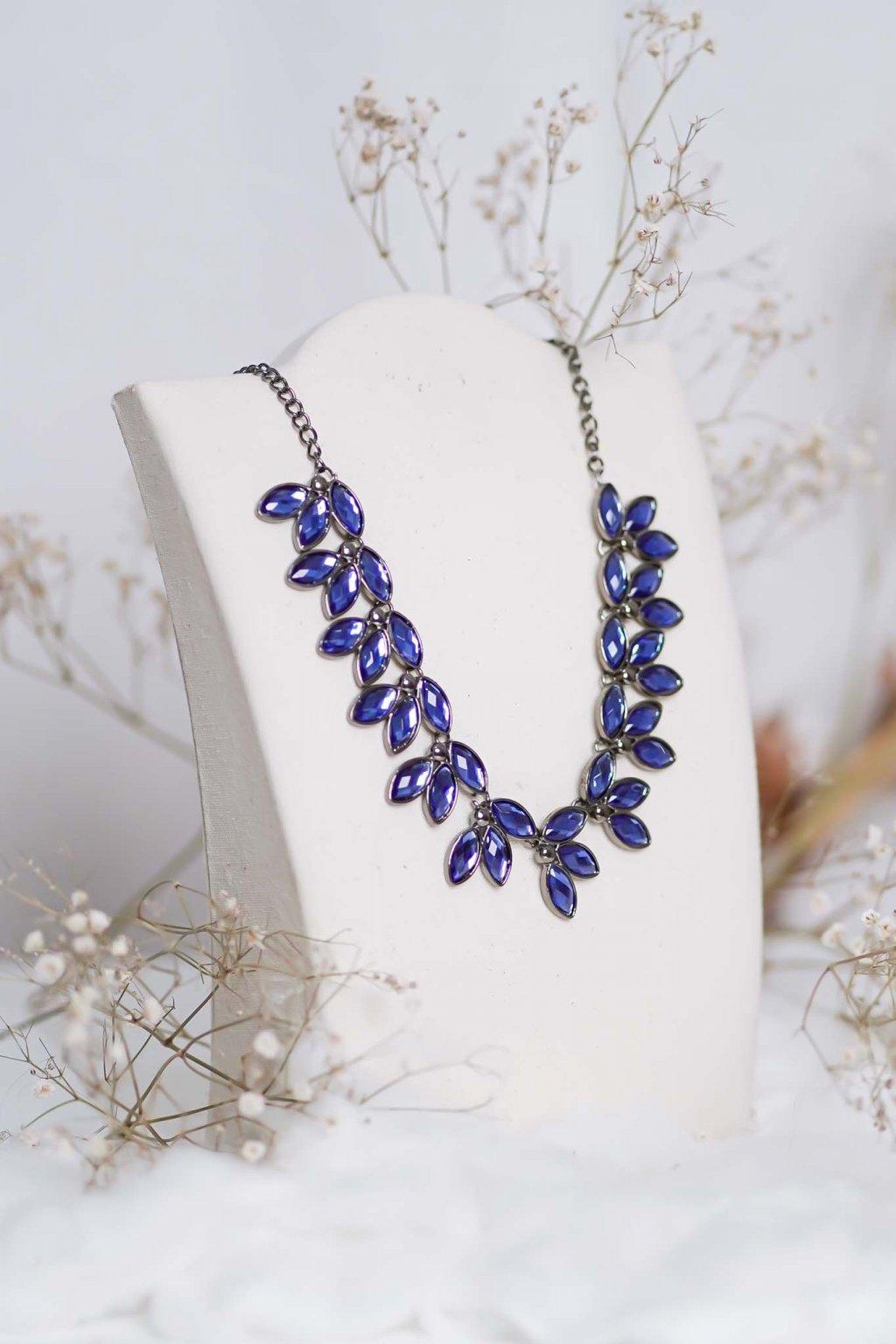 náhrdelník, spoločenský, bežný deň, kamienkový, farebný, čierny, strieborný, zelený, cyklamenévy, náhrdelník, bižuteria, šperk, šperky, ples, stužková, svadba, 037