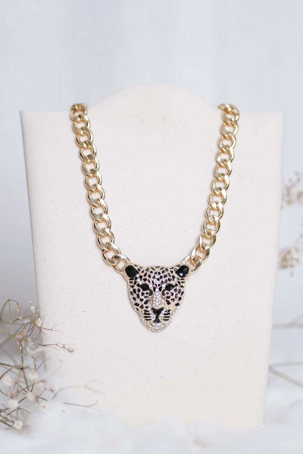 náhrdelník, spoločenský, bežný deň, kamienkový, farebný, čierny, strieborný, zelený, cyklamenévy, náhrdelník, bižuteria, šperk, šperky, ples, stužková, svadba, 016