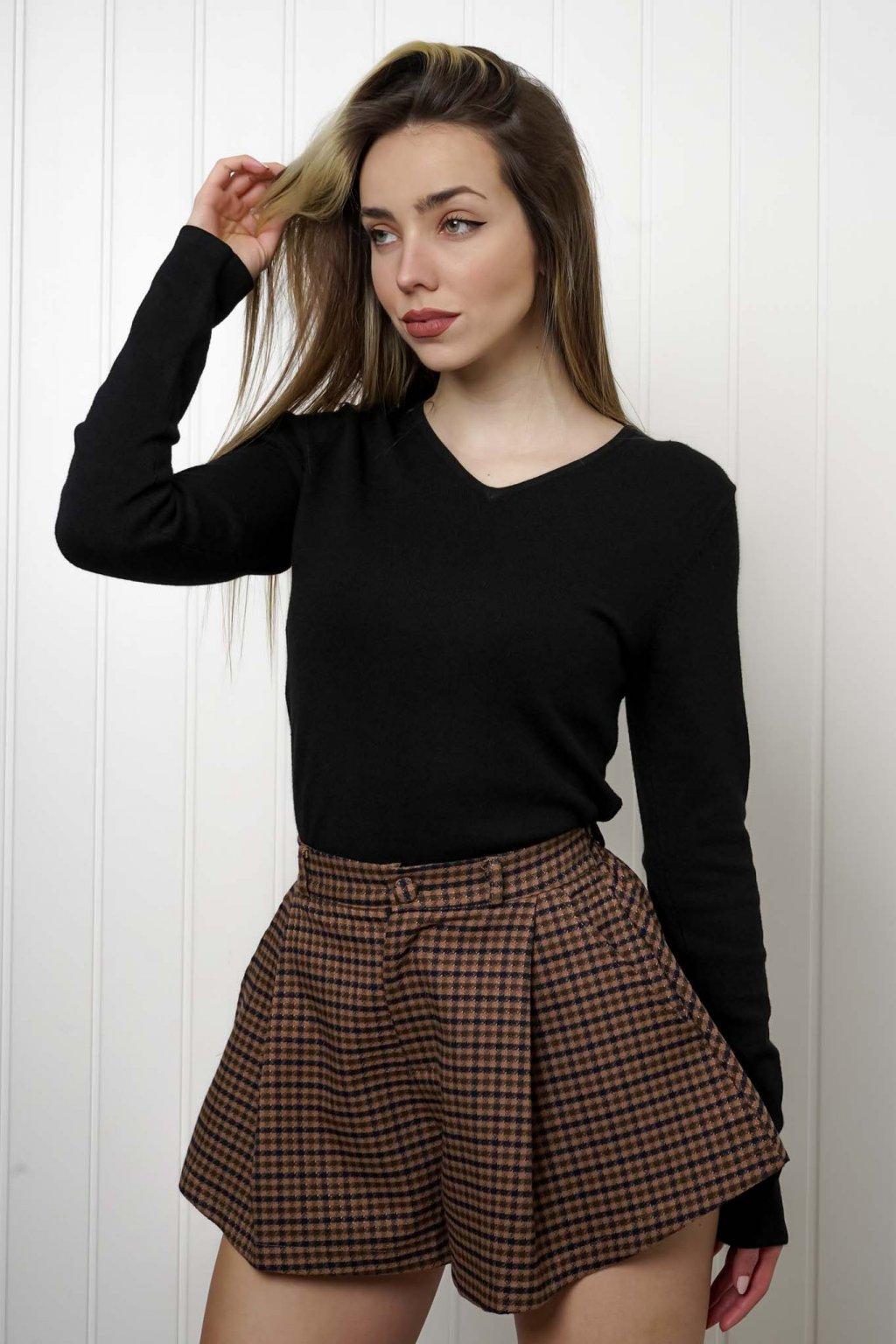 sveter, svetrík, sveter dámsky, úplet, úpletový sveter, jednoduchý sveter, v výstríh, štýlový, chlpatý,vzorovaný, srdiečkový, čierny, biely, farebný, 004