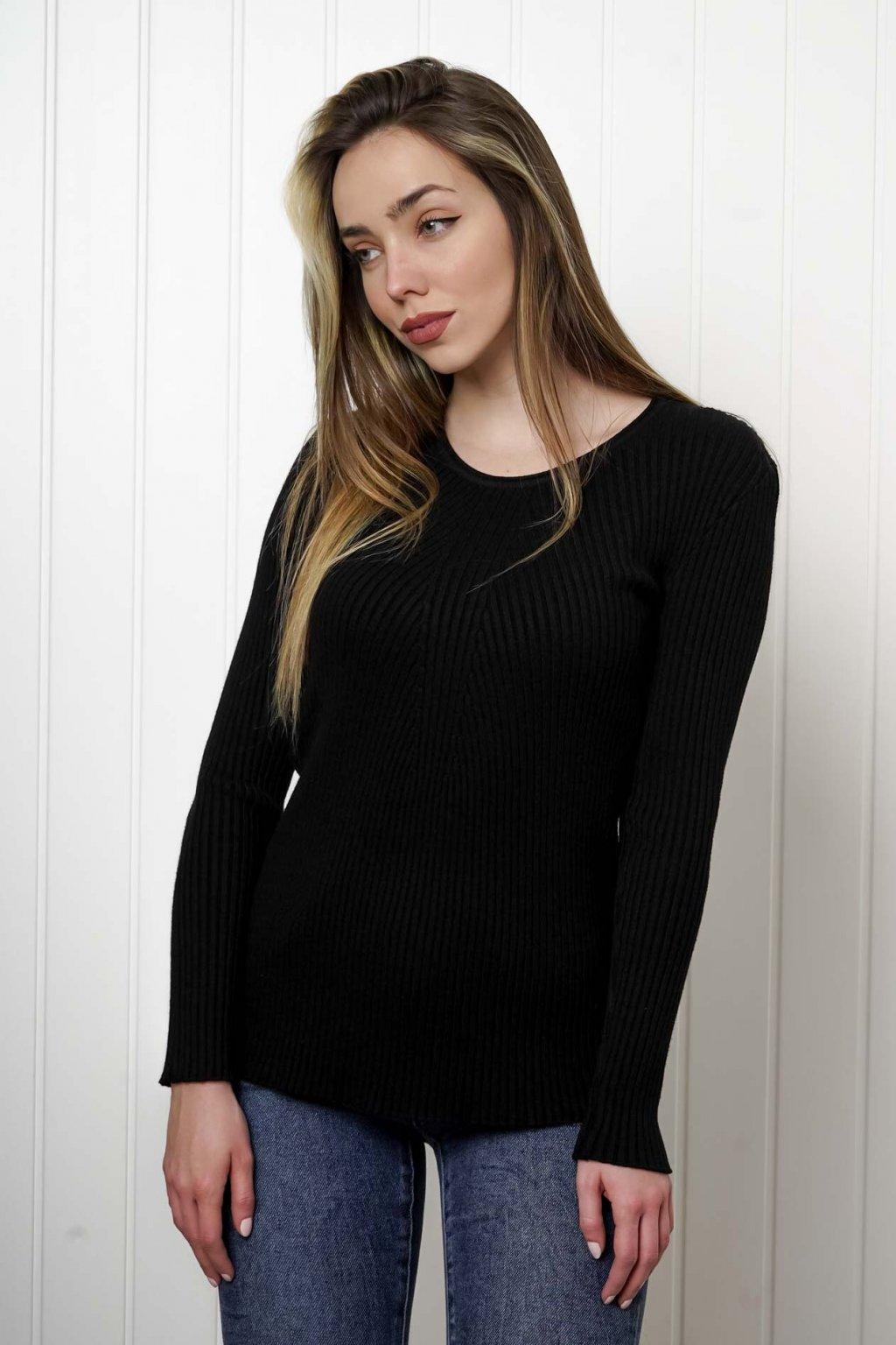 sveter, svetrík, sveter dámsky, úplet, úpletový sveter, jednoduchý sveter, v výstríh, štýlový, chlpatý,vzorovaný, srdiečkový, čierny, biely, farebný, 140