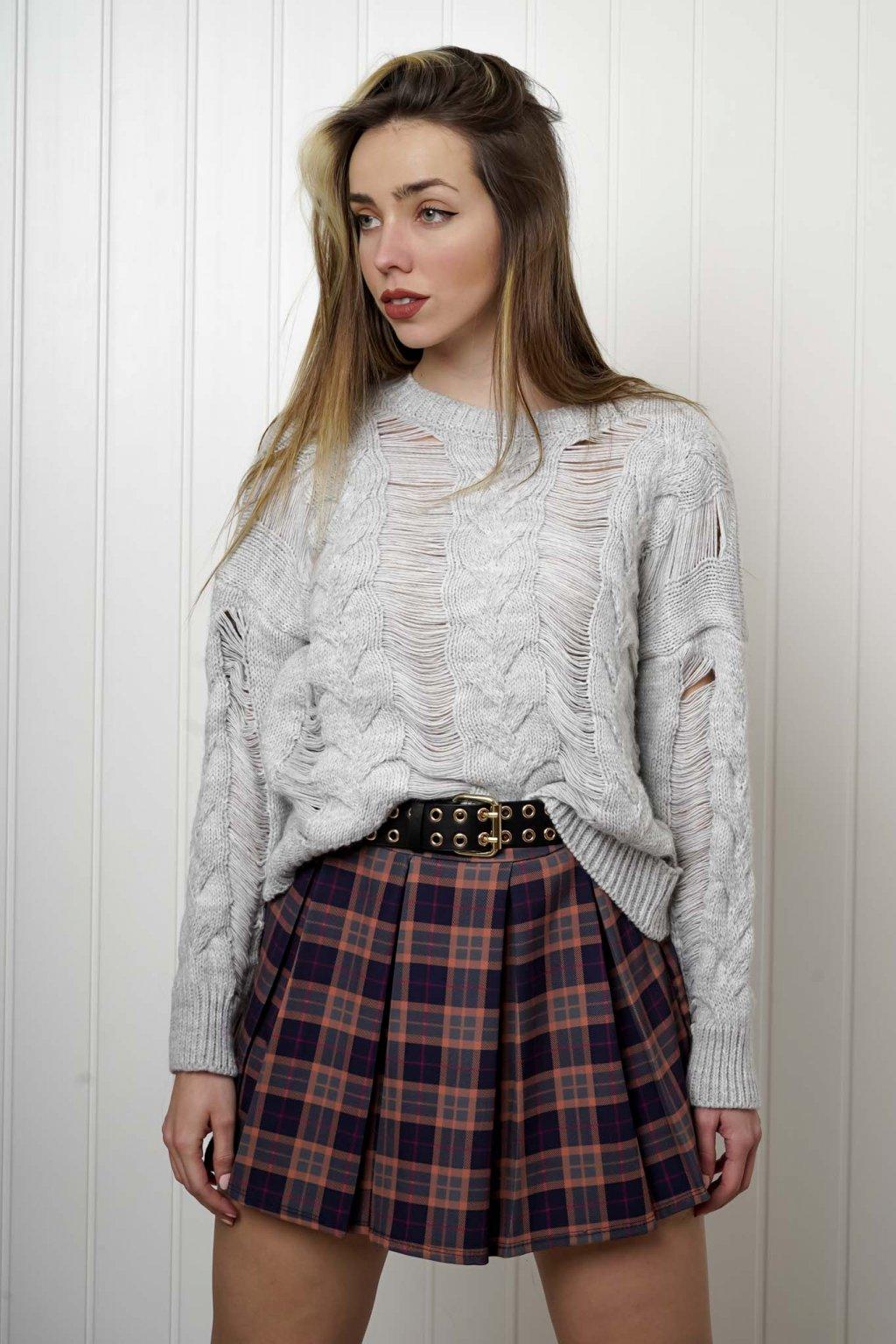 sveter, svetrík, sveter dámsky, úplet, úpletový sveter, jednoduchý sveter, v výstríh, štýlový, chlpatý,vzorovaný, srdiečkový, čierny, biely, farebný, 083