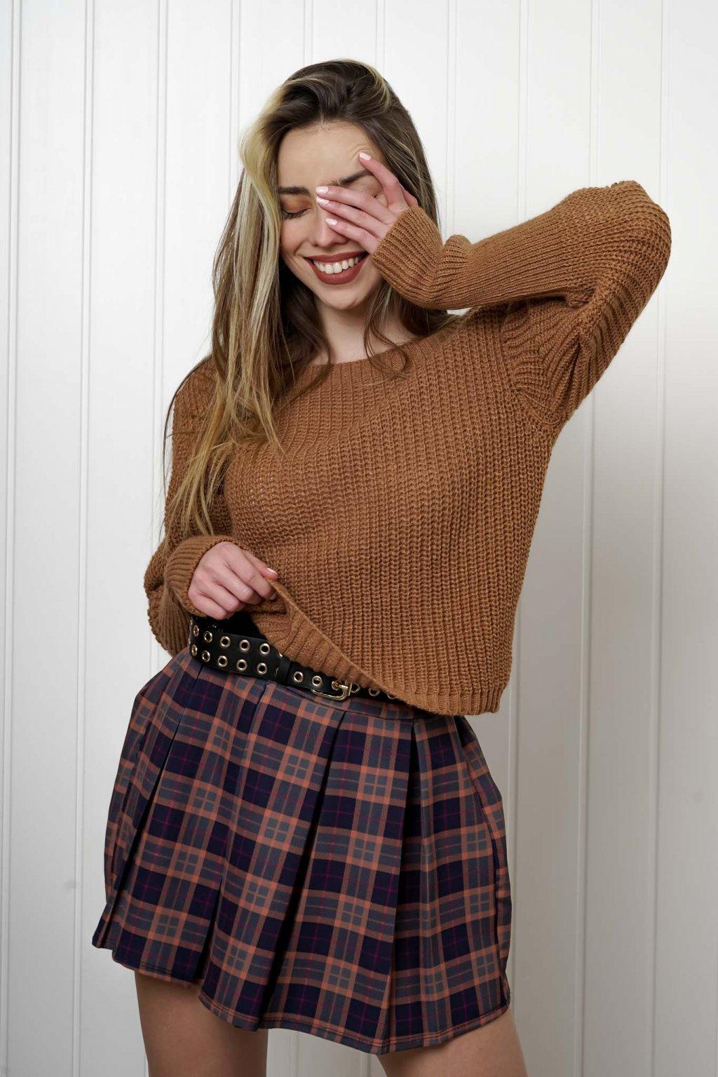 sveter, svetrík, sveter dámsky, úplet, úpletový sveter, jednoduchý sveter, v výstríh, štýlový, chlpatý,vzorovaný, srdiečkový, čierny, biely, farebný, 088