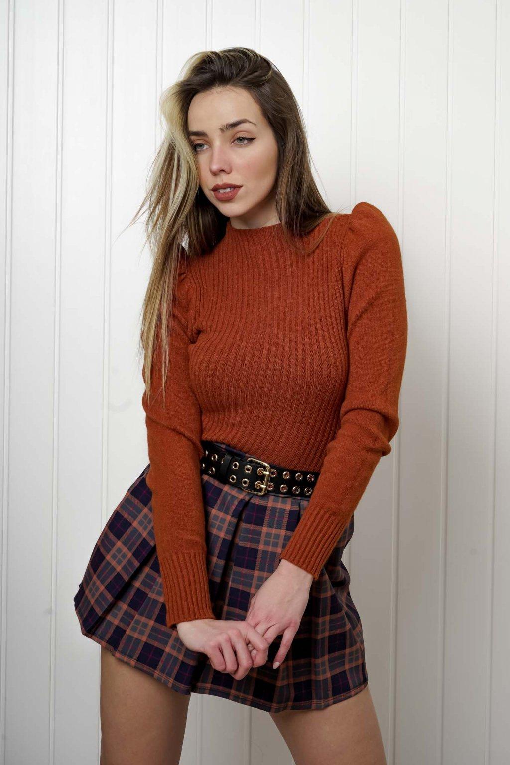 sveter, svetrík, sveter dámsky, úplet, úpletový sveter, jednoduchý sveter, v výstríh, štýlový, chlpatý,vzorovaný, srdiečkový, čierny, biely, farebný, 094