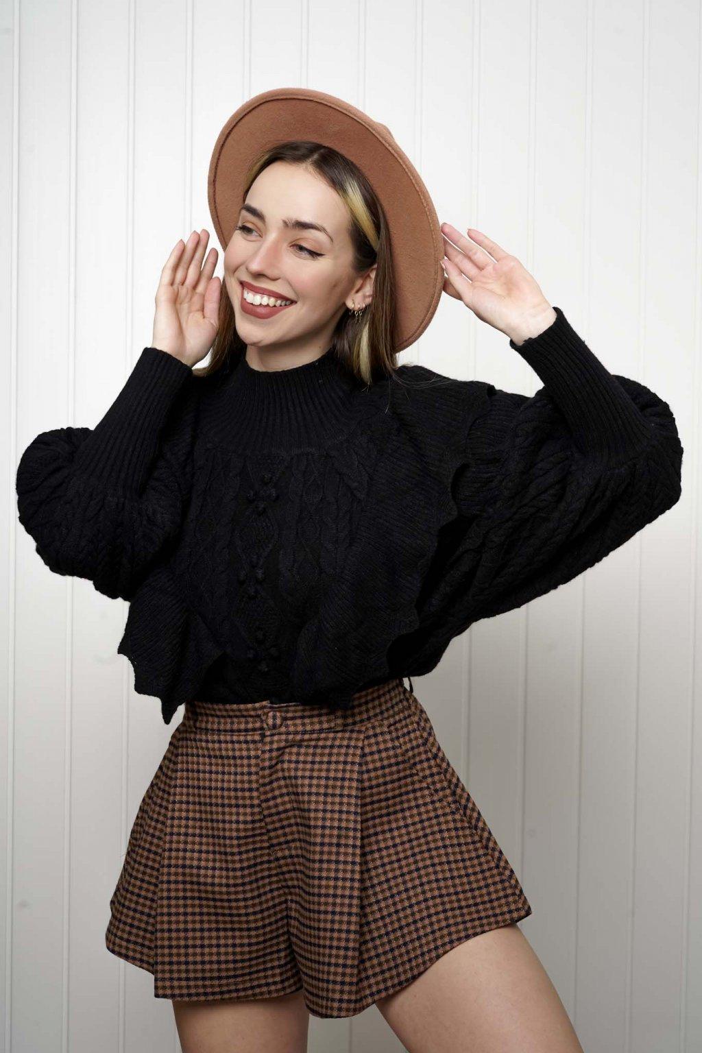 svetrík, pulover, čierny, zlaty, obtiahnutý, vrubkovaný 86
