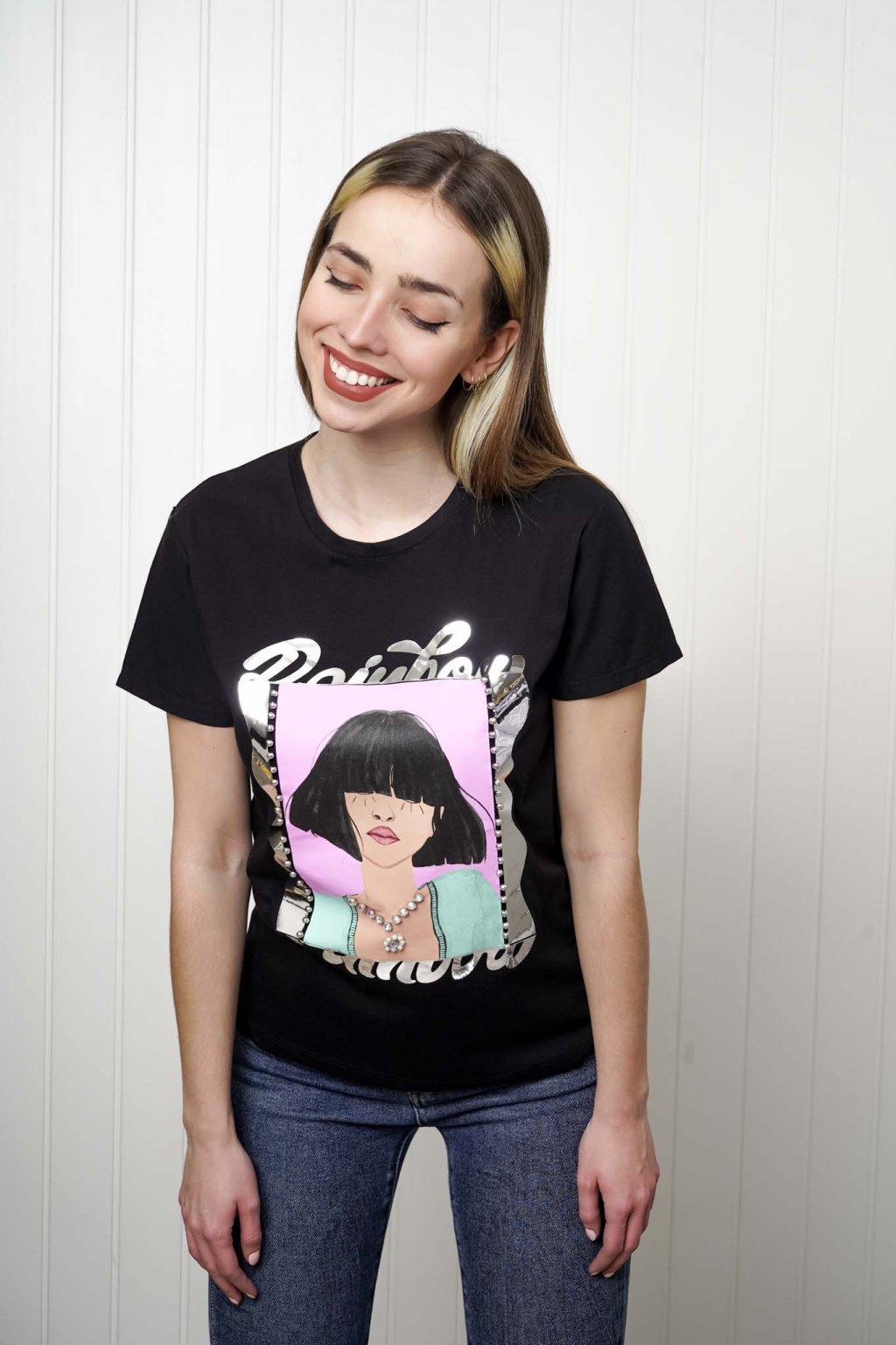 tričko, tričkové šaty, biele, čierne, žlté, vzorované, potlač, vyšívané, nášivky, fialové, street style, 94