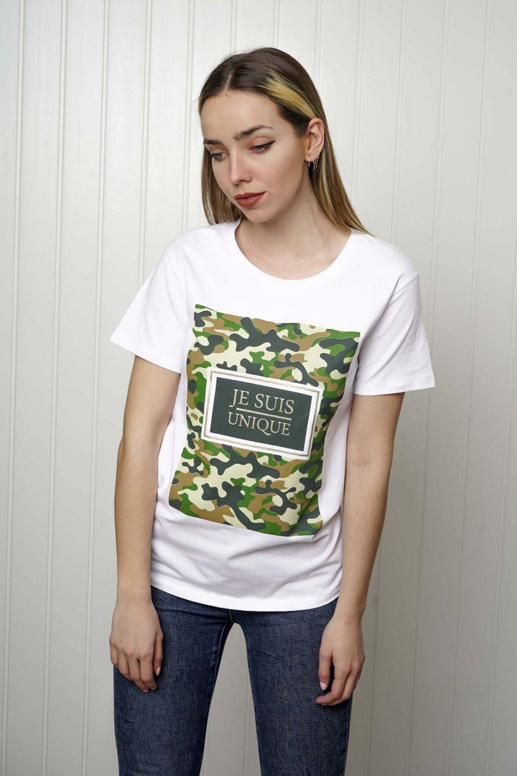 tričko, tričkové šaty, biele, čierne, žlté, vzorované, potlač, vyšívané, nášivky, fialové, street style, 178
