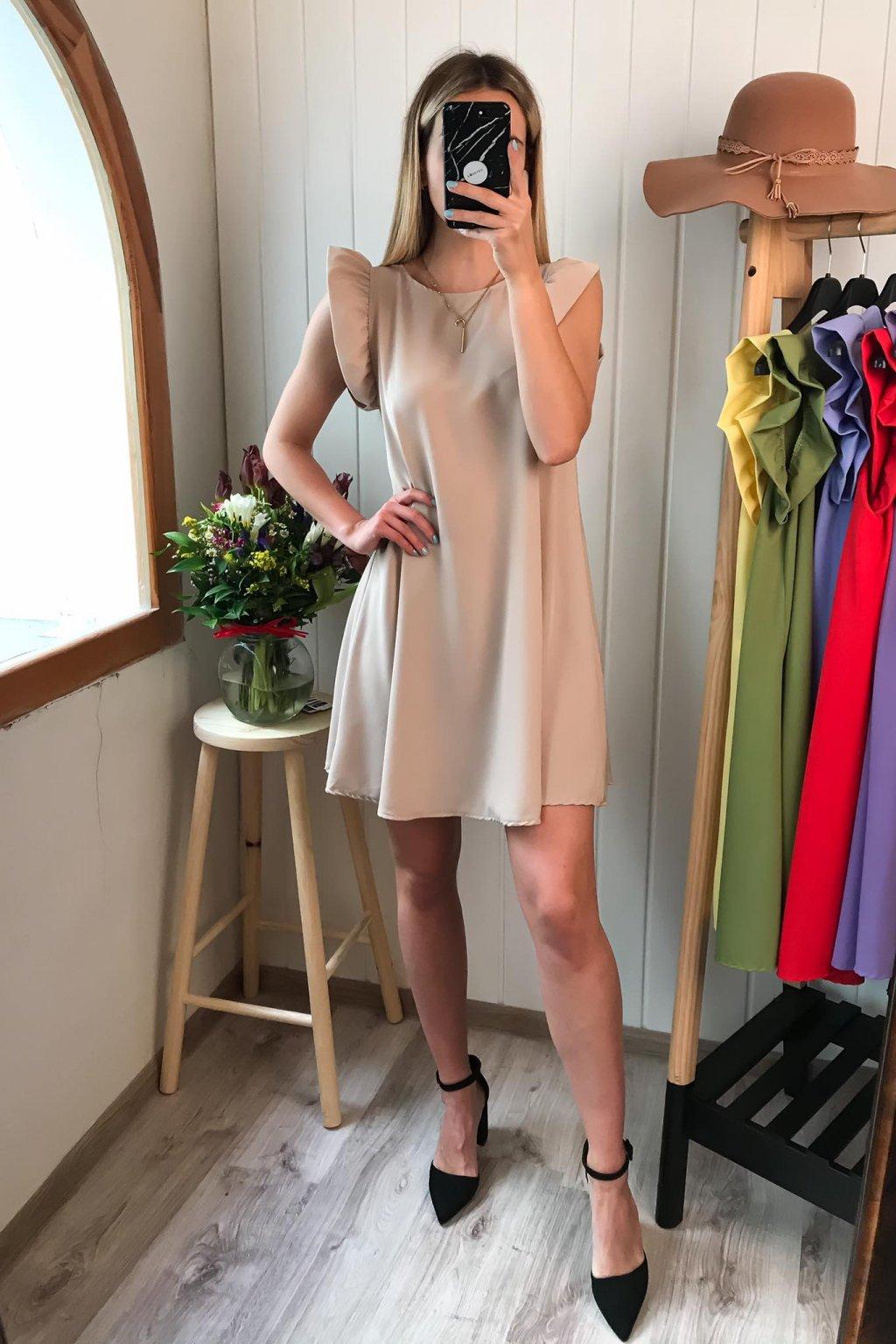 Béžové šaty s volánikom, volánikové šaty, cribs Bardejov, cribs Prešov, dámsky butik, spoločenské, elegantné, letné šaty (3)
