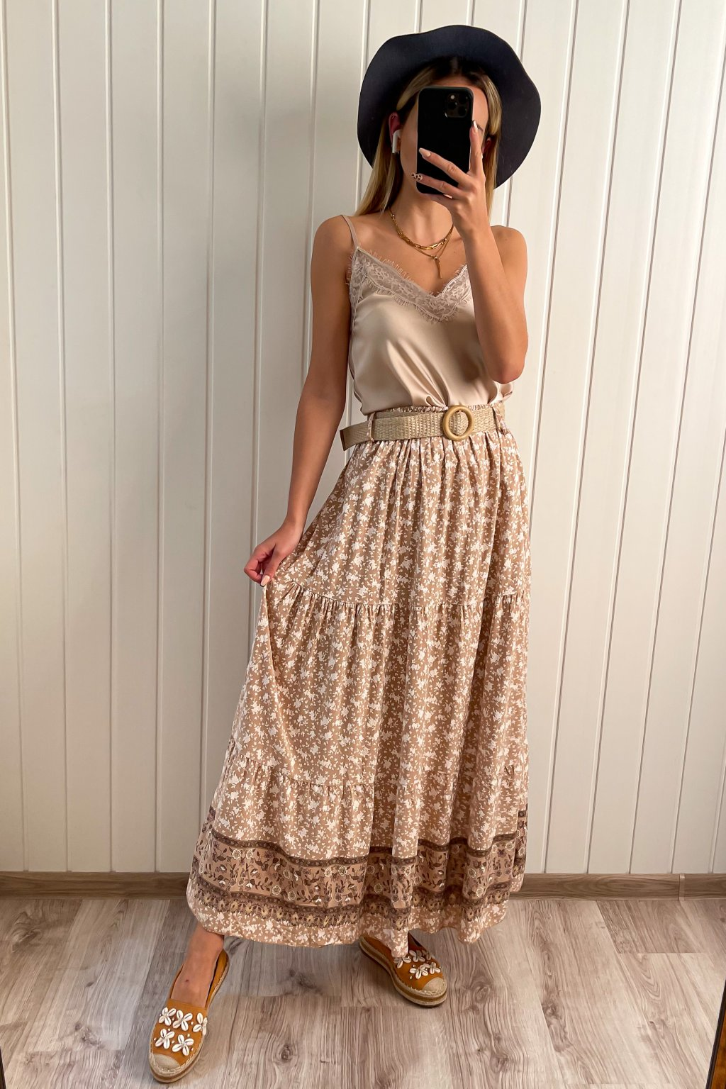 Maxi sukňa s opaskom
