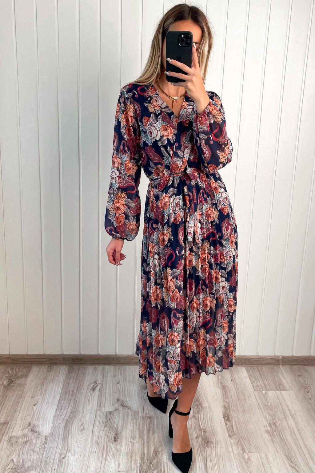 Šaty s plisovanou sukňou tmavo modré
