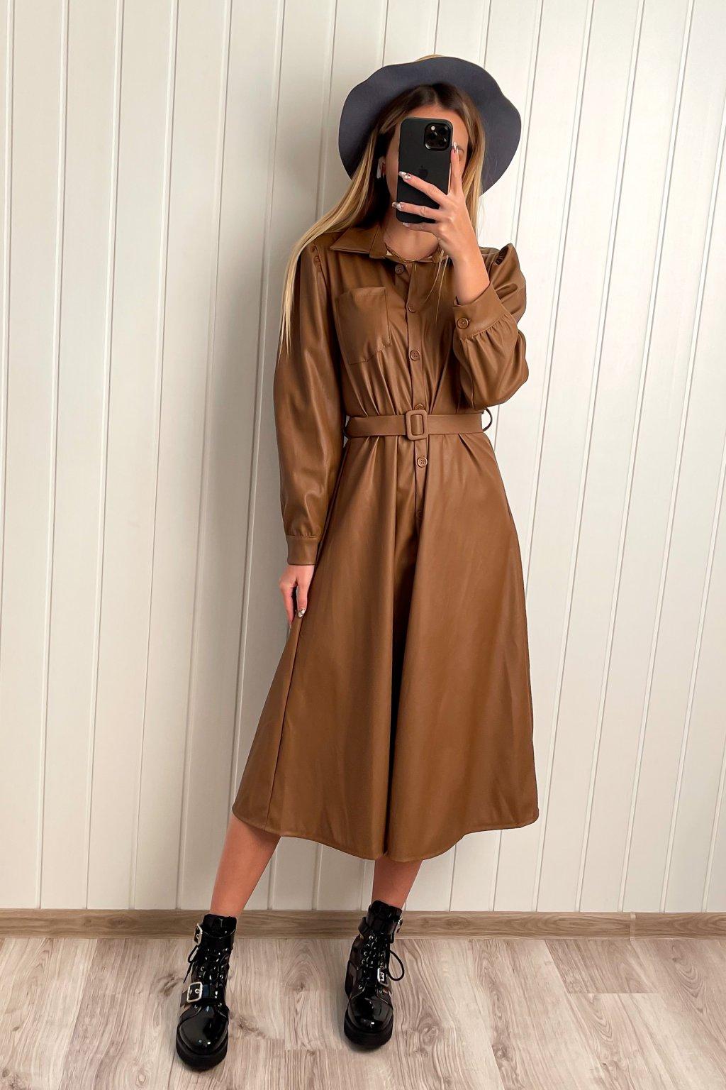 Koženkové midi šaty hnedé