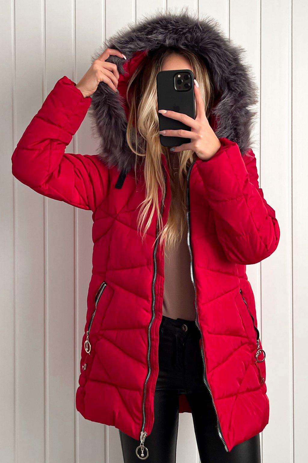 Zimná bunda s kožušinkou červená