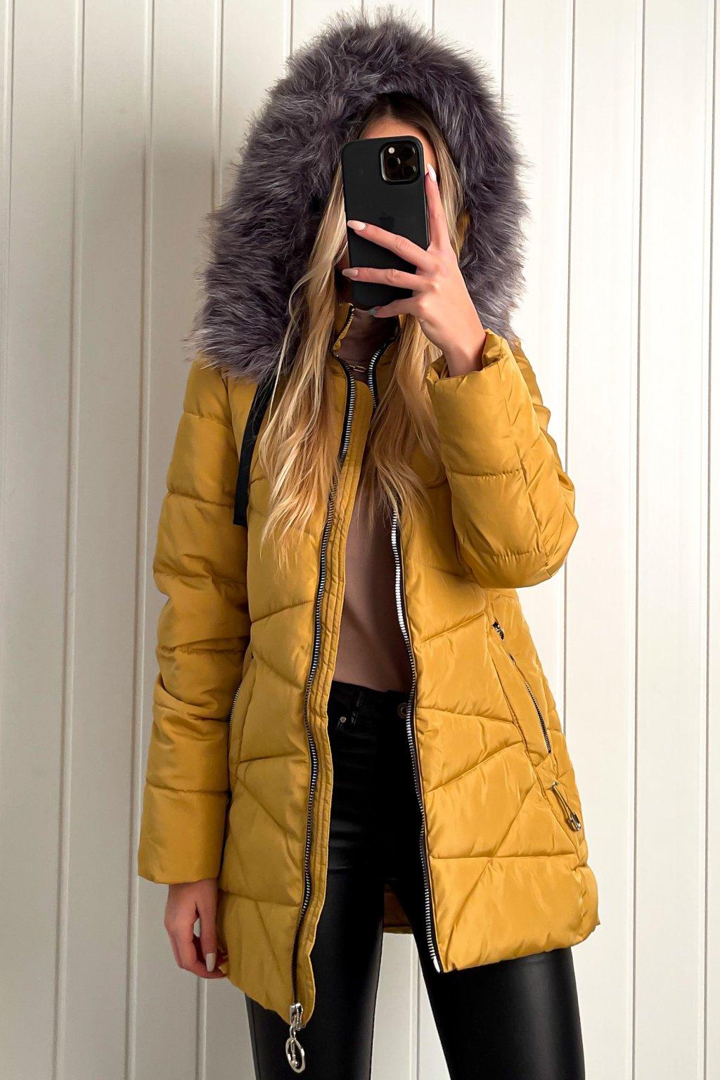 Zimná bunda s kožušinkou žltá
