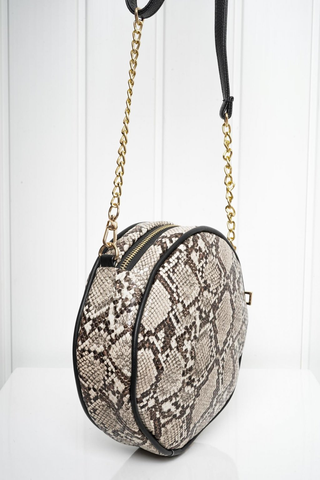 Kabelka, crossbody, ruksak, shopping bag, shopperka, 300